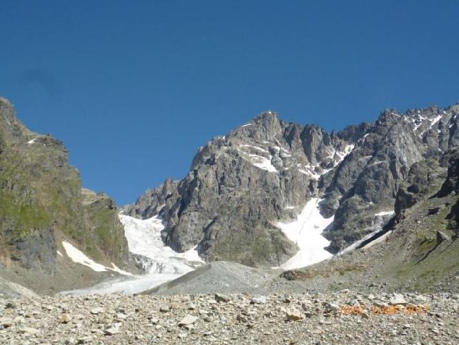 Вот такой вид западных вершин Шхельды с юга.