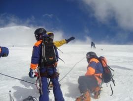 При восхождении на Эльбрус погиб российский альпинист