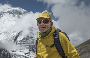 78-летний испанский альпинист Карлос Сория отправляется на восьмитысячник Дхаулагири