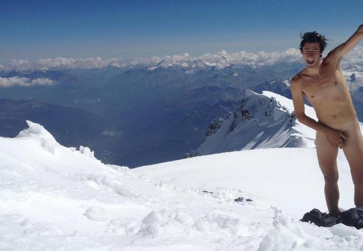 Килиан Джорнет (Kilian Jornet Burgada) на вершине Монблана
