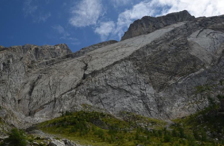 Северо-Западная стена Miroir de l'Argentine, что расположена в Швейцарии.