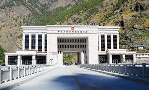 Китай открывает для туристов въезд на Тибет из Непала на автотранспорте