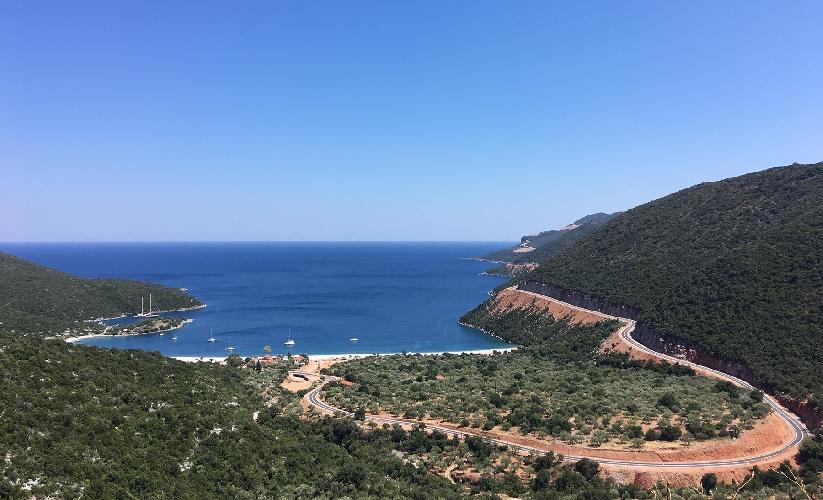 Дорога в Леонидио