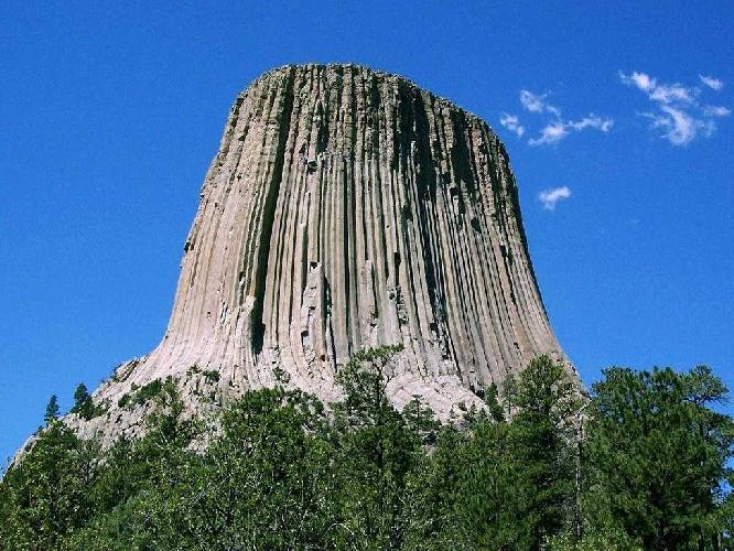 Башня дьявола (Devils Tower National Monument)