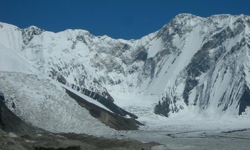 Базовый Лагерь ледника Южный Иныльчек