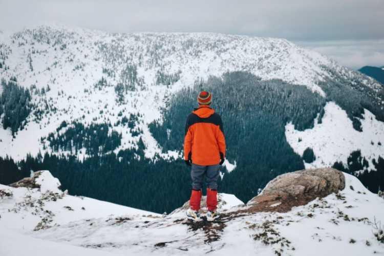 Найперше, що радять туристам рятувальники – не ходити у походи по одинці. Фото Life is trip