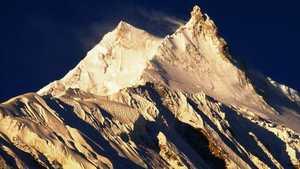 Первая трагедия в Гималаях: британский альпинист умер при восхождении на восьмитысячник Манаслу