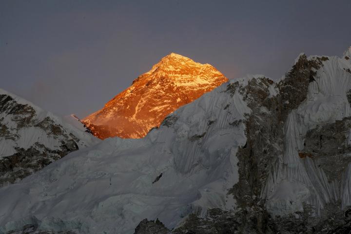 Эверест, вид со стороны Непала