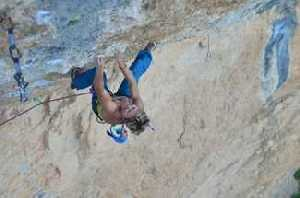 Мюриэль Саркани - 43-летняя рекордсменка мира в скалолазании