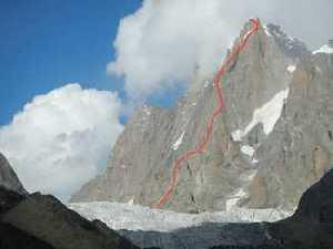 Британские альпинисты открыли новый маршрут на юго-западном столбе гималайской горы Арджуна