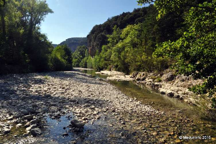 Река Тулуран летом