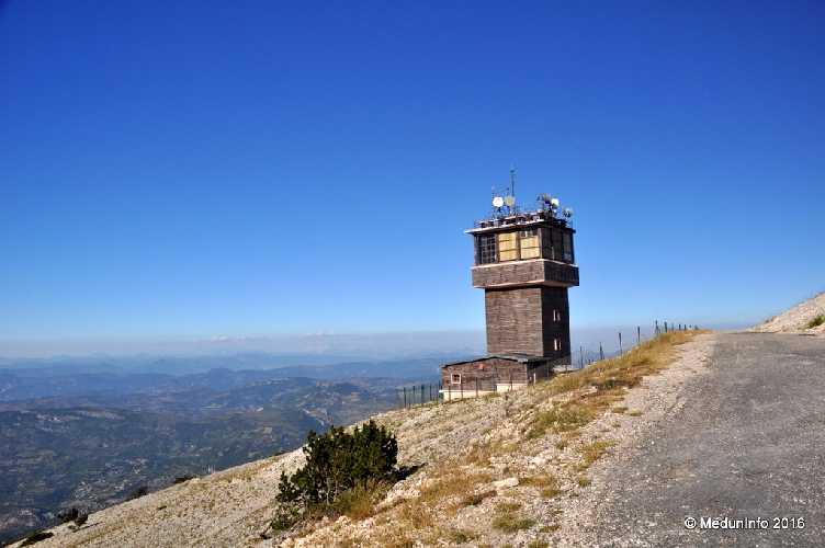 На вершине горы Ventoux