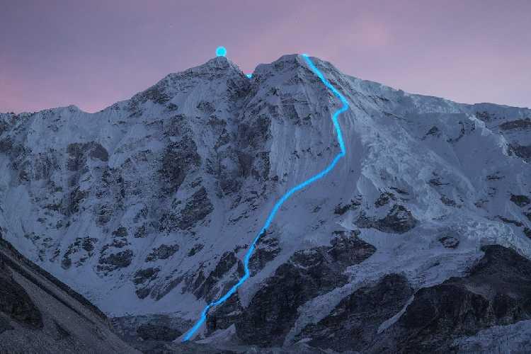 Линия, которую прошёл Йошт Кобуш на вершину Нангпай Госум II (фото Йост Кобуш)