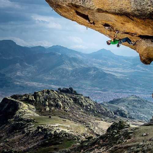 Скалолазание на скалах Прилепа, фото  Luka Fonda