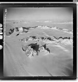 Лео Холдинг готовит экспедицию в Антарктиду к одной из самых загадочных гор нашей планеты под названием Спектр