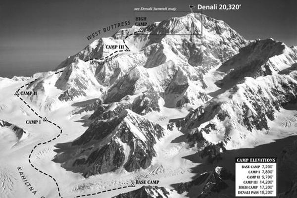 Денали. Базовый лагерь и четыре высотных лагеря. Denali Damsels. Фото Bradford Washburn, courtesy Panopticon Gallery 2005