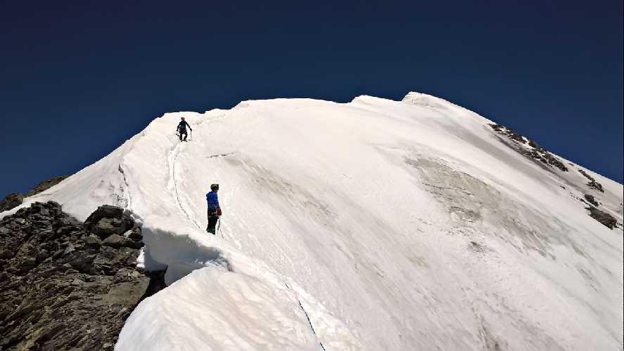 Акклиматизация на Тетнульде  – «плезирный» альпинизм. Фото activelife.dp.ua