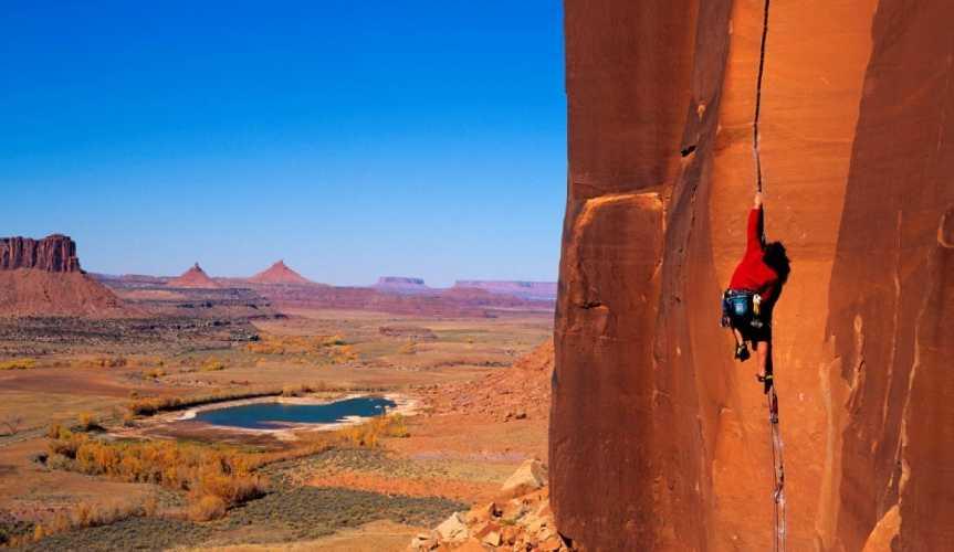 Скалолазание в Национальном парке Bears Ears National Monument. Фото accessfund.org
