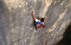 Женские прохождения сложнейших в мире скалолазных маршрутов