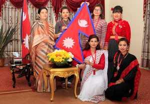 Женщины-журналистки из Непала впервые попытаются подняться на вершину Эвереста