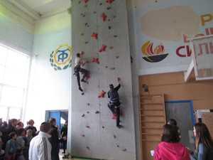 В Краматорске прошел молодежный чемпионат Донецкой области по скалолазанию