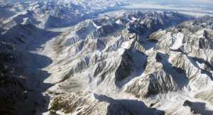 Симоне Моро и Тамара Лунгер планируют первое зимнее восхождение на высочайшую вершину Якутии, гору Победа!