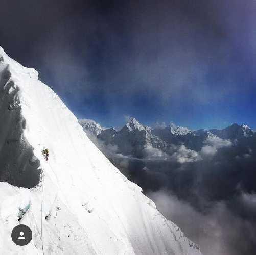 По новому маршруту на вершину  Лобуче Восточная (Lobuche East, 6119 метров). Фото New Zealand Alpine Team