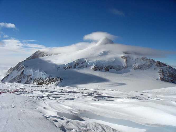 гора Винсон - высочайшая точка Антарктиды
