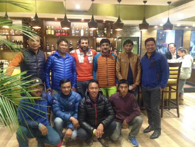 Команда Алекса Тикона к зимнему Эвересту 2018 года
