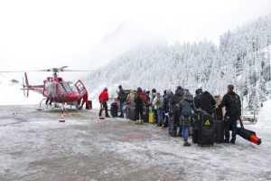 Побег из Церматта: как в Швейцарии спасают туристов из популярнейшего курорта