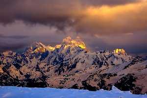Итальянские альпинисты планируют открыть новый маршрут на кавказской горе Ушба