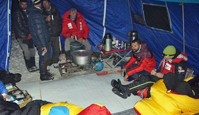 В базовом лагере К2. Польская зимняя экспедиция на К2. Фото Wyprawa na K2