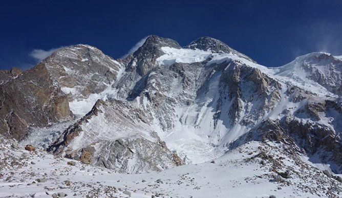 Вид на восьмитысячник Броуд Пик. Польская зимняя экспедиция на К2. Фото Wyprawa na K2