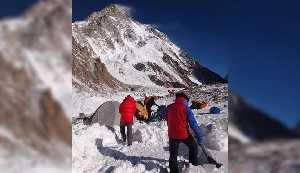 Установка базового лагеря К2. Польская зимняя экспедиция на К2. Фото Wyprawa na K2