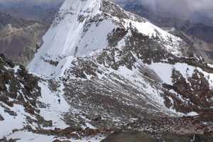 Альпинист из Греции погиб при попытке восхождения на высочайшую вершину Южной Америки - Аконкагуа
