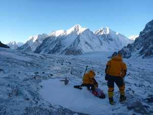 Зимние альпинистские экспедиции: видео с Пумори, второй лагерь на К2, старт экспедиции в Якутию