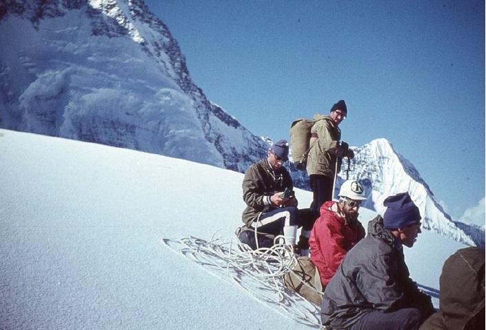 Юрий Горенчук (стоит). Слева направо сидят Леонид Трощиненко, Юрий Логачева, Игорь Степанов 1974 год