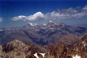 «Таджик Эйр» будет бесплатно перевозить альпинистское снаряжение иностранцев