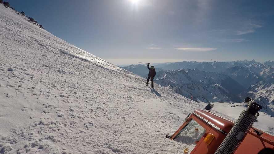 заброшенный ратрак 5000 м. Фото Виталий Шлюпка и Александр Корец