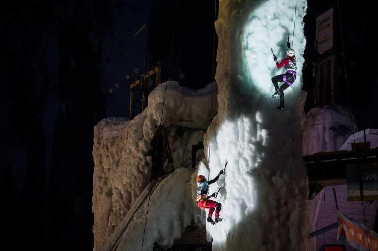 второй этап Кубка Мира 2018 по ледолазанию в итальянском Рабенштайне. Фото UIAA/Patrick Schwienbacher