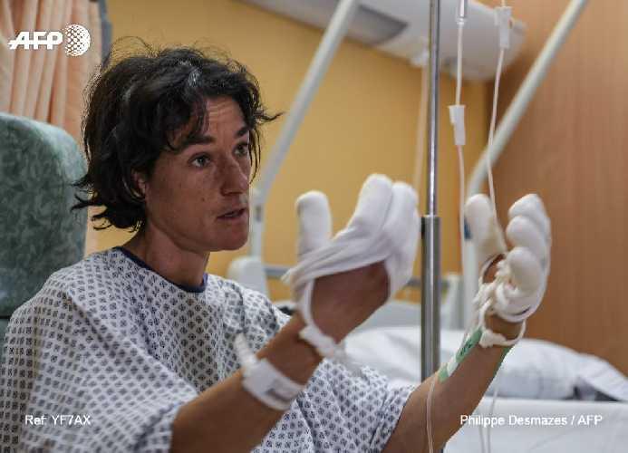 Элизабет Револ (Elisabeth Revol) в больнице Салланша, Франция