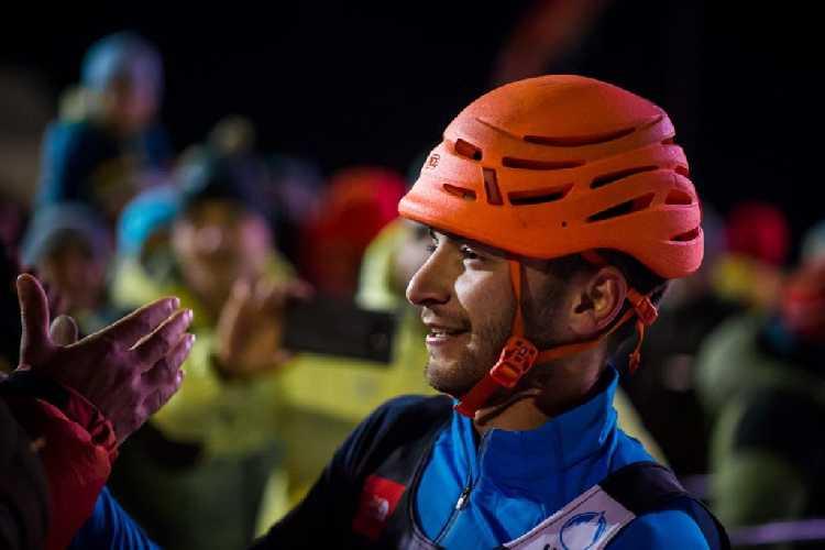 Мохаммадреза Короех Сафдариан (Mohammadreza Korouyeh Safdarian) празднует победу в Рабенштайне. Фото UIAA/Patrick Schwienbacher