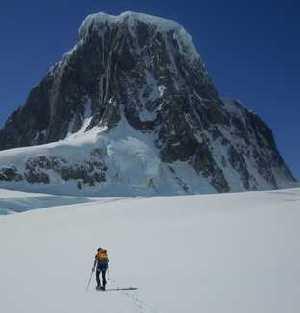 Чешские альпинисты открыли новую гору в Антарктике