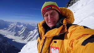 Зимняя экспедиция на К2: Денис Урубко поднимается к третьему высотному лагерю