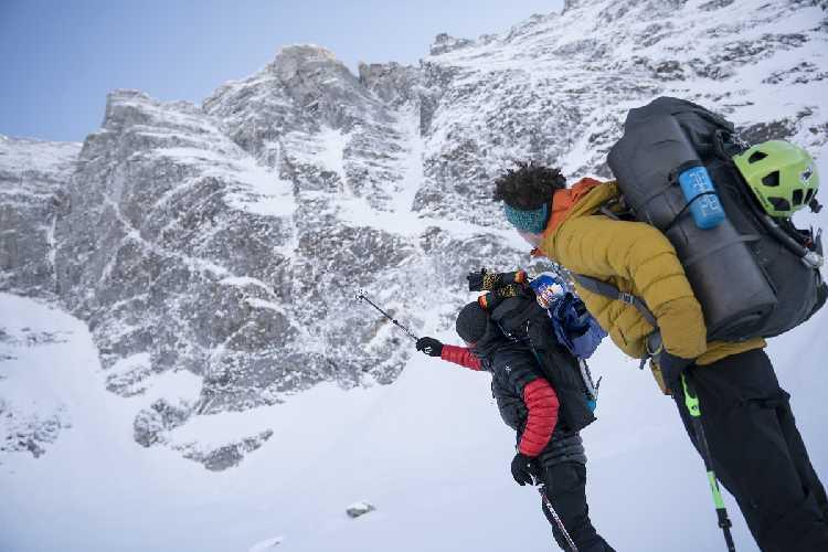 Давид Лама (David Lama) и Питер Мюльбургер (Peter Mühlburger) перед горой Сагванд (Sagwand). Фото David Lama