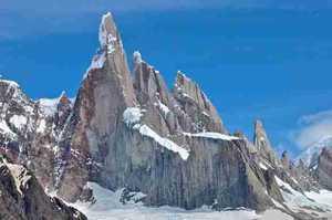 Денис Урубко планирует новый проект на патагонской вершине Серро-Торре