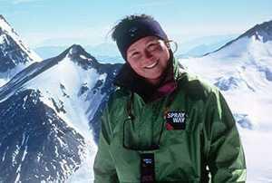Элисон Харгривз: первая женщина в мире, поднявшаяся на Эверест без помощи шерп и кислородных баллонов