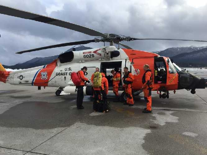 Поисковая операция на Аляске. Фото Juneau Mountain Rescue
