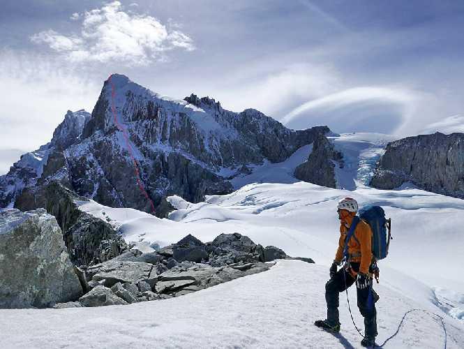 """Маршрут  """"King Kong"""" по Юго-Западной стене горы Серро Ризо Патрон Южная (Sud Cerro Riso Patron) высотой 2350 м"""