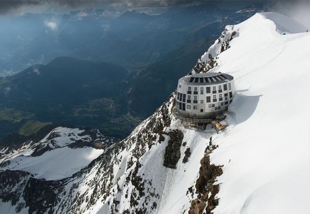 горная хижина Гутэ (Refuge du Gouter). Фото Chamonix